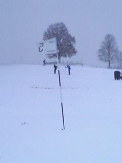 [写真]スキー場になったゴルフ場